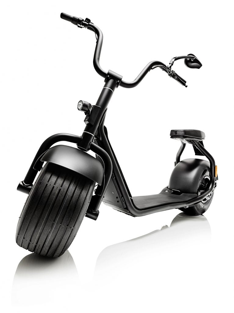 scrooser der definitive harley e scooter der oberklasse. Black Bedroom Furniture Sets. Home Design Ideas